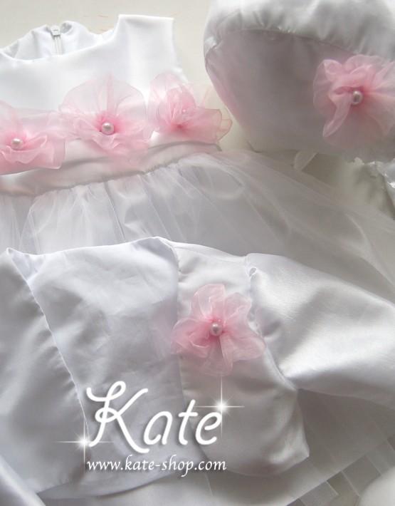 Комплект за кръщене с розови цветя