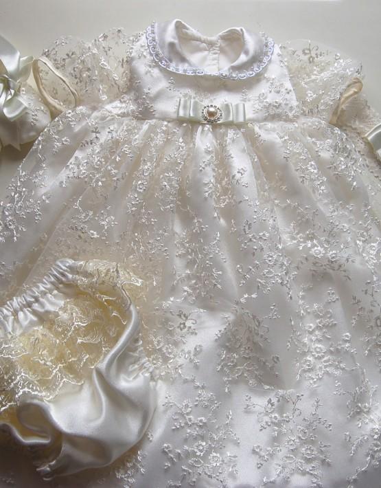 Детска рокля за кръщене тип католическа