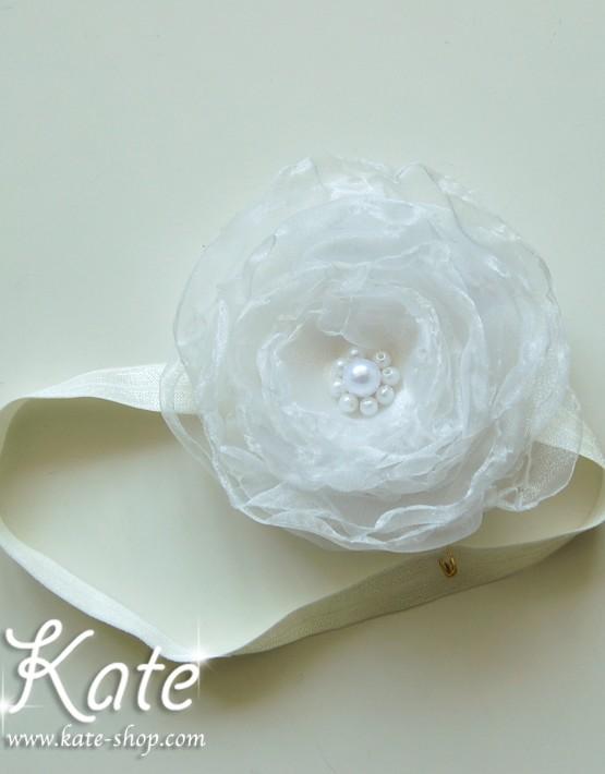 Роза за коса екрю