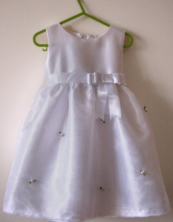 Детска рокля за кръщене с розички