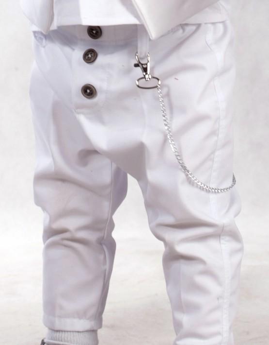 Бял тесен панталон с верижка