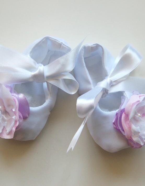 Бели буйки с розички