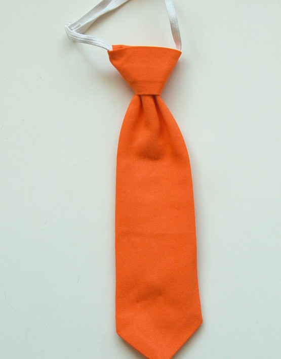 Оранжева вратовръзка