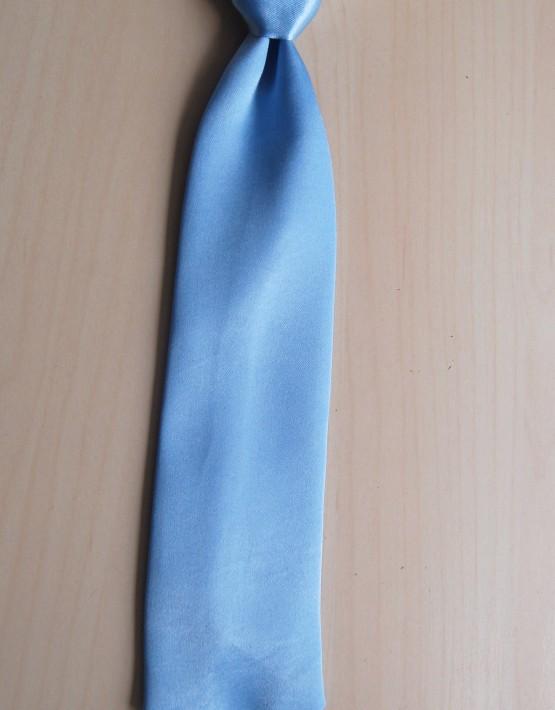 Светло синя вратовръзка