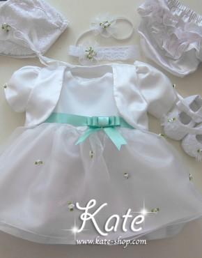 Комплект за кръщене с бели розички